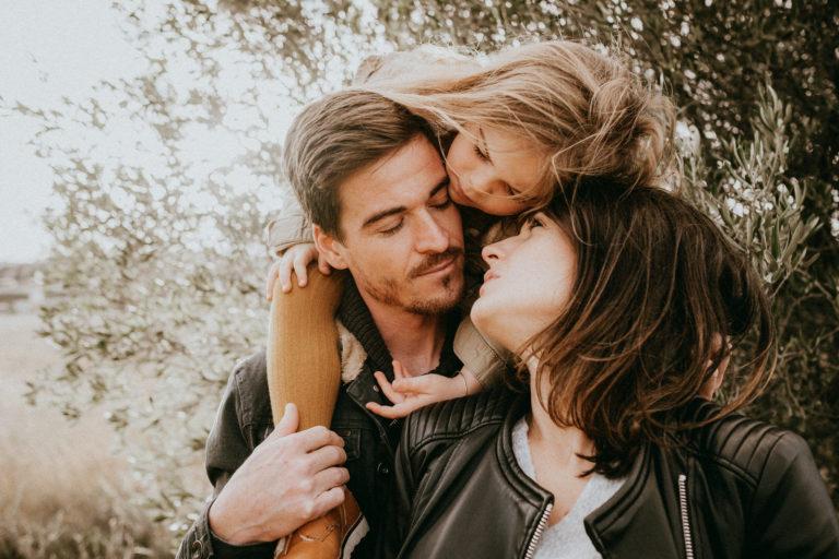 Séance famille & grossesse dans le Gard